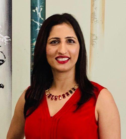 Dr Mona Kaur